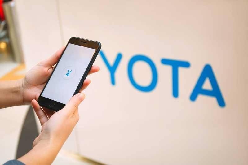 телефон yota